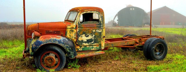 old-rusty-truck